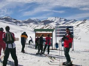 Spanish Courses and Ski in Chile
